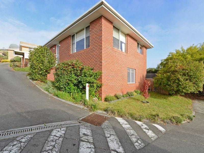 Unit 1/109 Berriedale Road, Berriedale, Tas 7011
