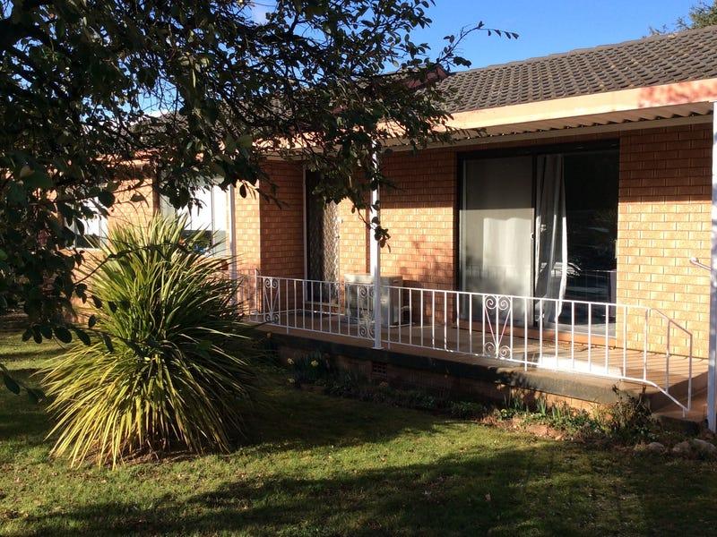 8 Medway Street, Blayney, NSW 2799