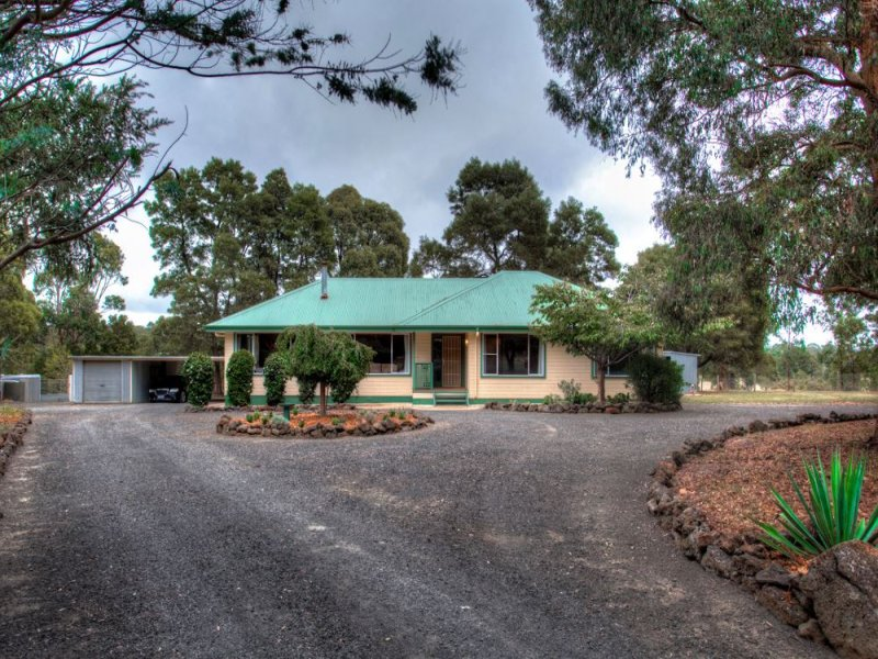 5 Forest Court, Enfield, Vic 3352