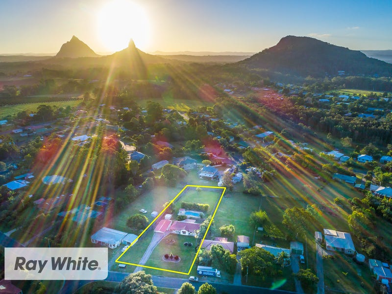 35 Parkview Road, Glass House Mountains, Qld 4518