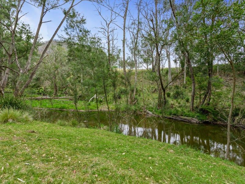34 Adjinbilly Road, The Falls, Qld 4373