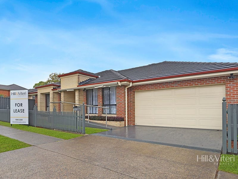 32 Chipilly Avenue, Engadine, NSW 2233