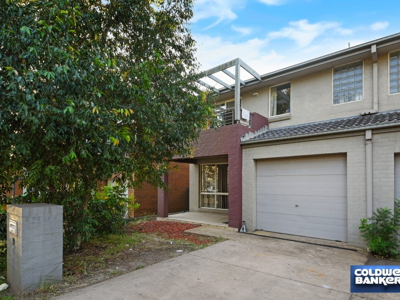 9 The Boulevarde, Holsworthy, NSW 2173
