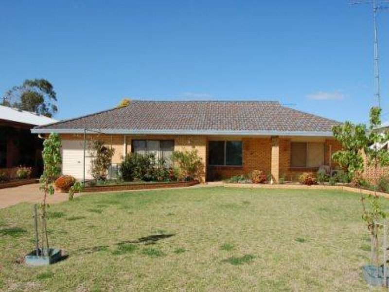 55 walker, Lake Cargelligo, NSW 2672