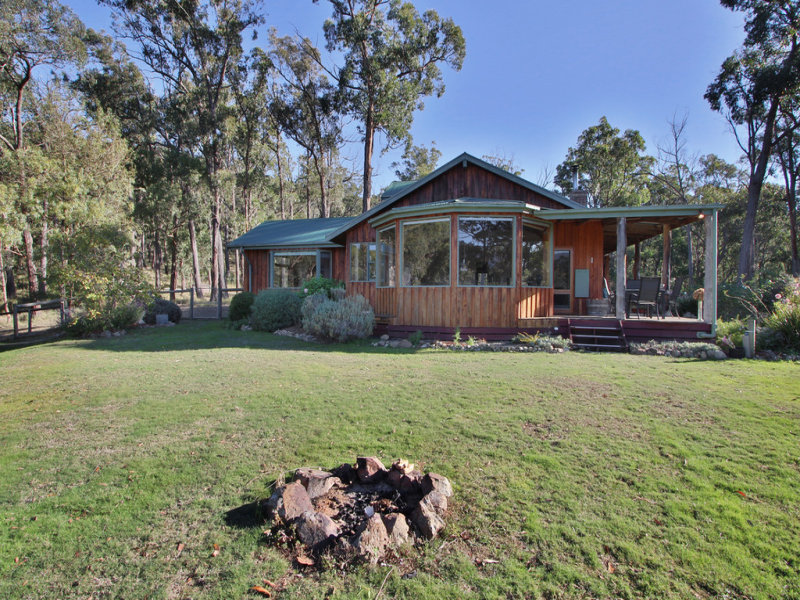 6 View Road, Yarra Junction, Vic 3797