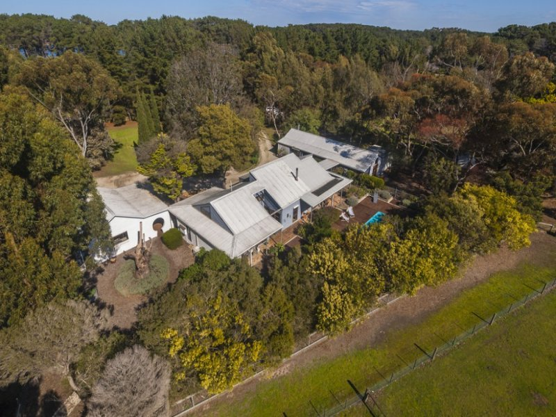 325 Swan Bay Road, Wallington, Vic 3222