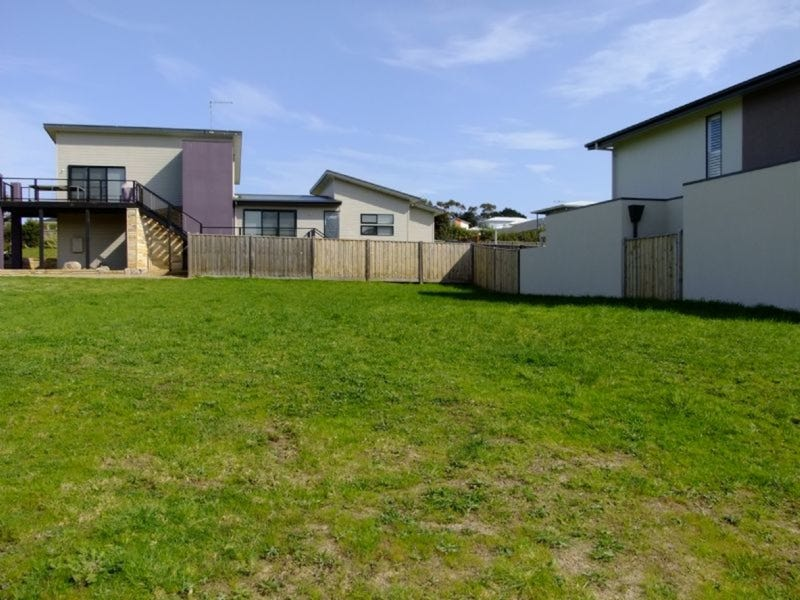 3 Goodenia Place, Cowes, Vic 3922