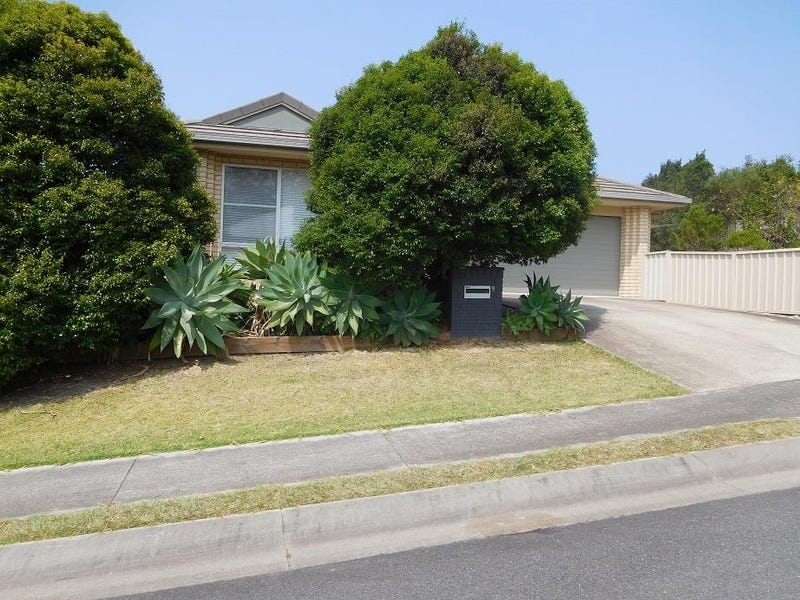 9 Admiralty Drive, Safety Beach, NSW 2456