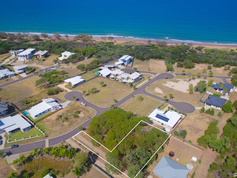 24 Waterfront Drive, Agnes Water, Qld 4677