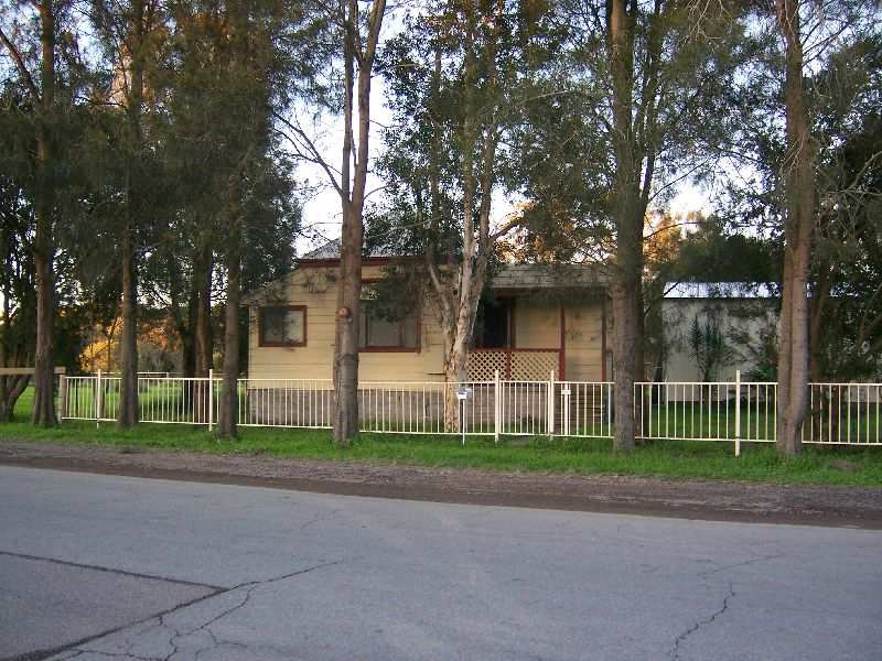 14 Old Maitland Road, Hexham, NSW 2322