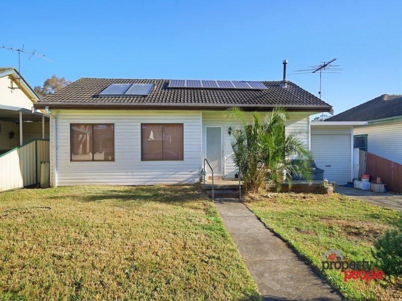 57 Wattle Avenue, Macquarie Fields, NSW 2564