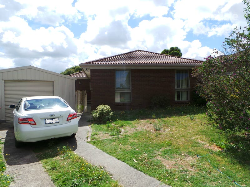 14 Gumbuya Close, Eumemmerring, Vic 3177