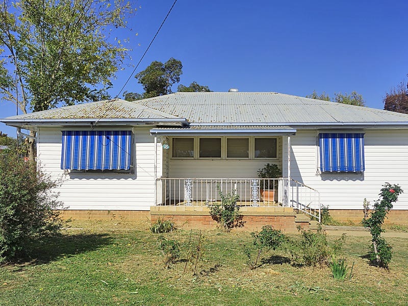 18 Jack Avenue, Mount Austin, NSW 2650