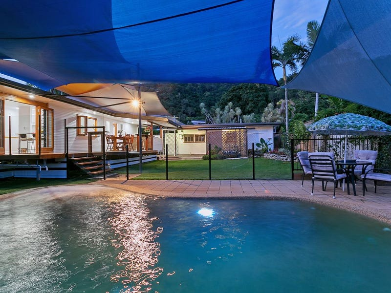 8 Mullins Street, Whitfield, Qld 4870