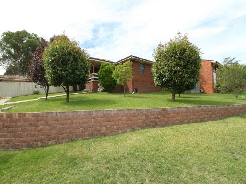 7 Bassett Drive, West Bathurst, NSW 2795