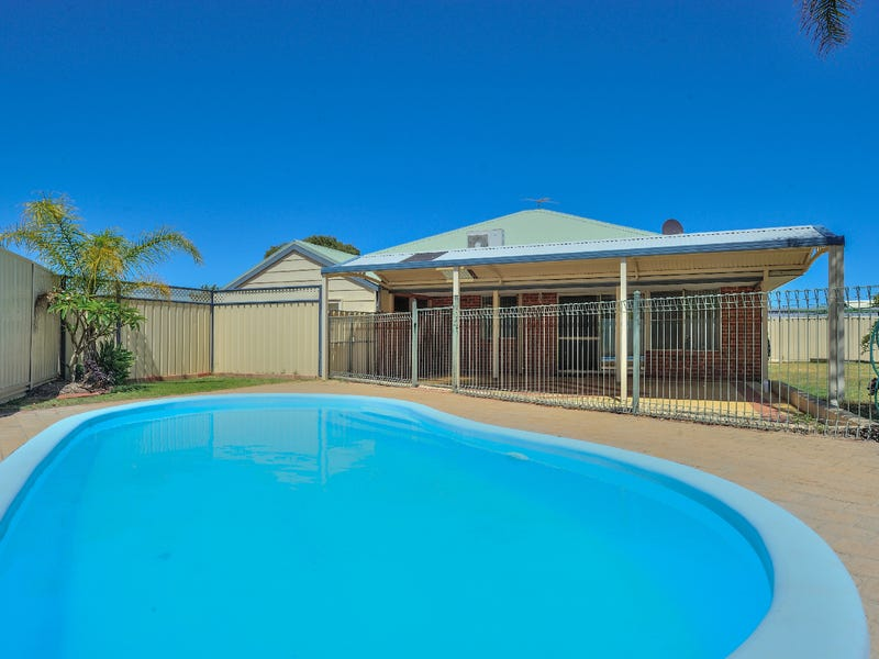 15 Hove Place, Warnbro, WA 6169