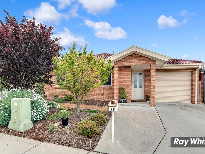 18 Loveday Crescent, Casey, ACT 2913
