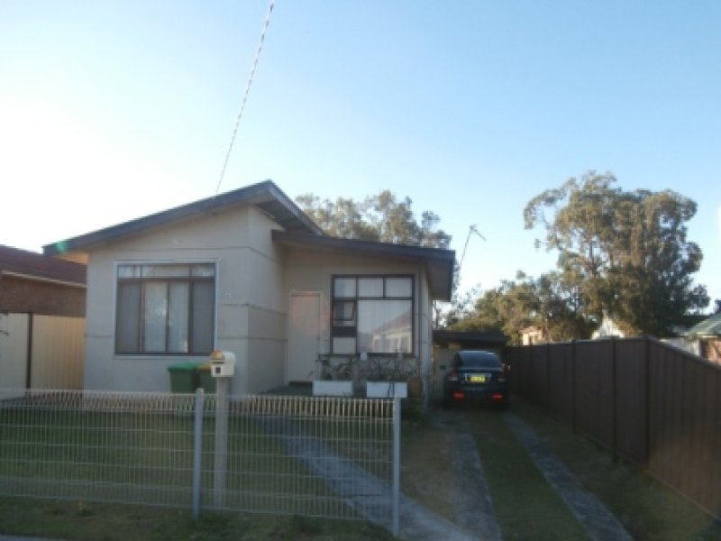 1 Wellington Street, Umina Beach, NSW 2257
