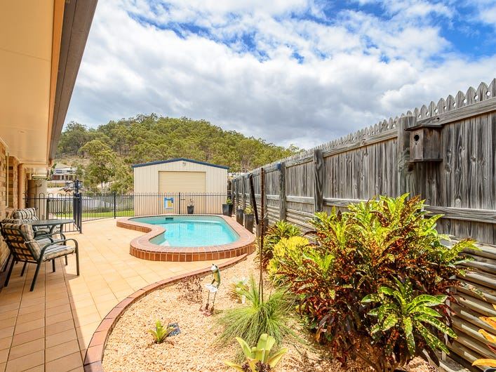 11 Buckingham Court, Telina, Qld 4680