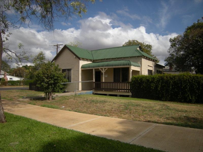 27 Gwydir Street, Moree, NSW 2400