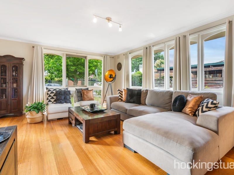 6 Metcalf Place, Epping, Vic 3076