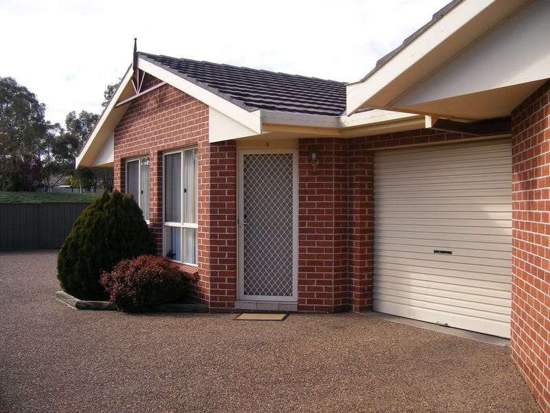 3/21 Illoura Street, Tamworth, NSW 2340