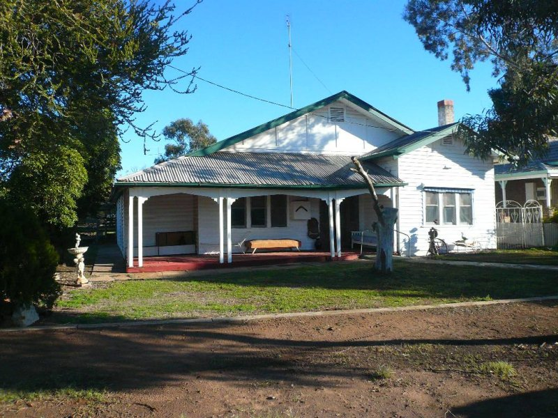 7 Watchem Road, Birchip, Vic 3483