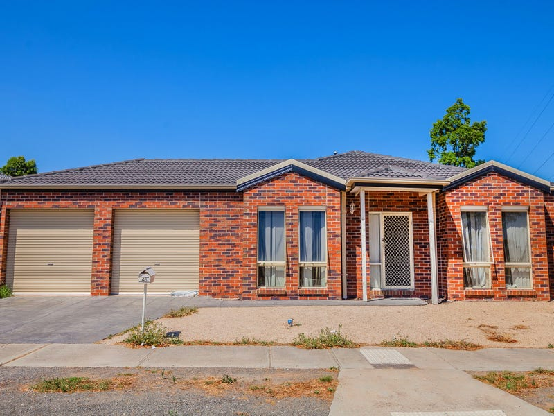 46 Howardson Circuit, St Albans, Vic 3021
