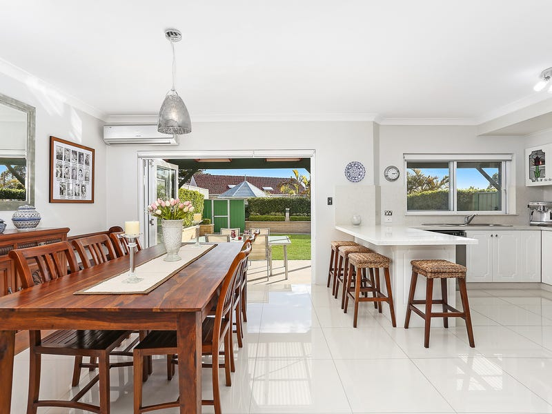 17 Mountview Avenue, Beverly Hills, NSW 2209