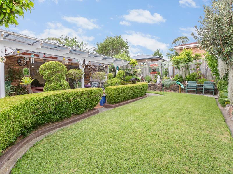 9 Uncle Wattleberry Crescent, Faulconbridge, NSW 2776