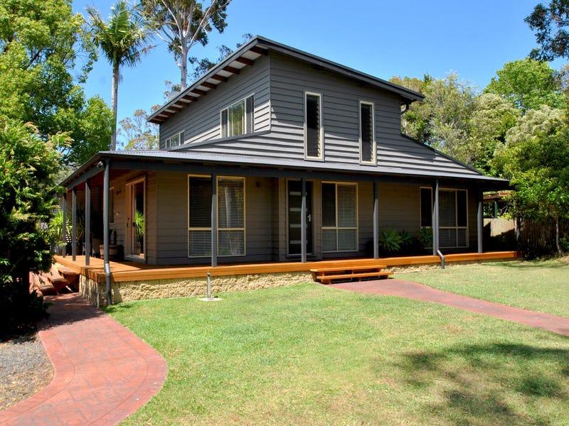 18 Emmett Street, Callala Bay, NSW 2540