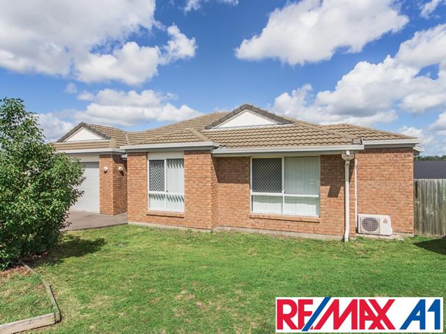 8 Jonathon Place, Flinders View, Qld 4305