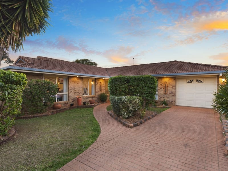 93 Hursley Road, Glenvale, Qld 4350