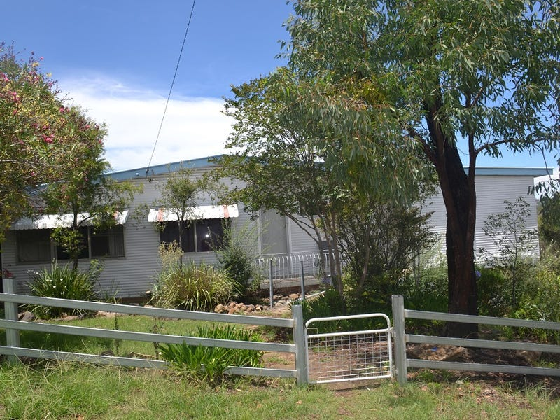 5 Howard Street, Inverell, NSW 2360