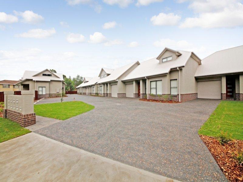 Terrace 2 115 Menangle Street, Picton, NSW 2571