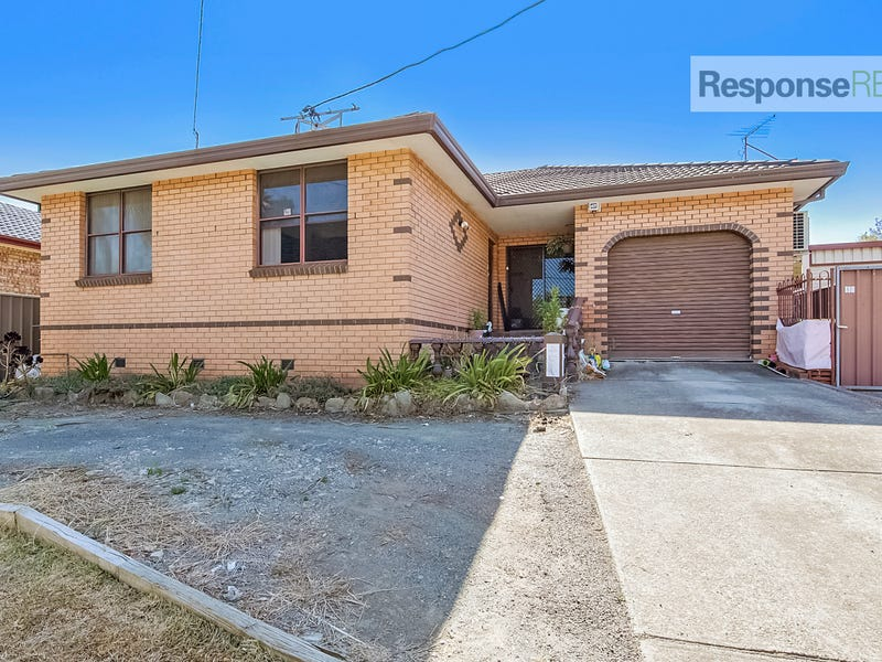 121 Bringelly Road, Kingswood, NSW 2747