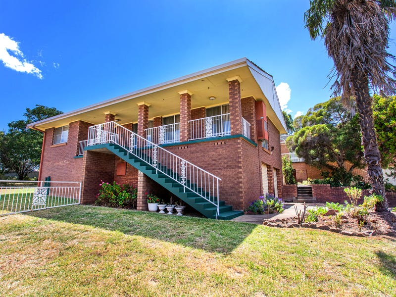 6 Sidlowe Place, Cowra, NSW 2794