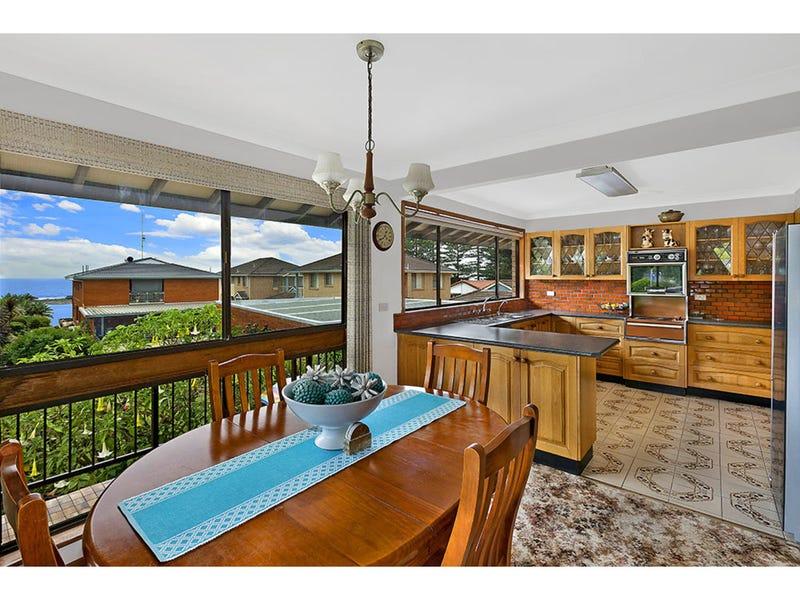 9 Charlton Avenue, Toowoon Bay, NSW 2261