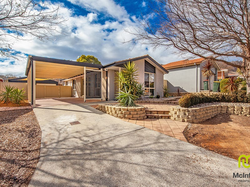 35 Wilson Crescent, Banks, ACT 2906