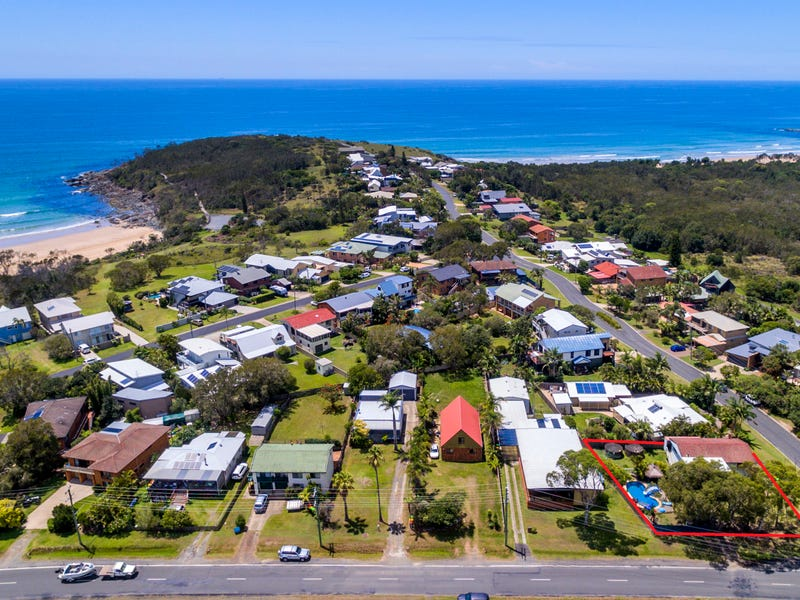 1 Headland Road, Arrawarra Headland, NSW 2456
