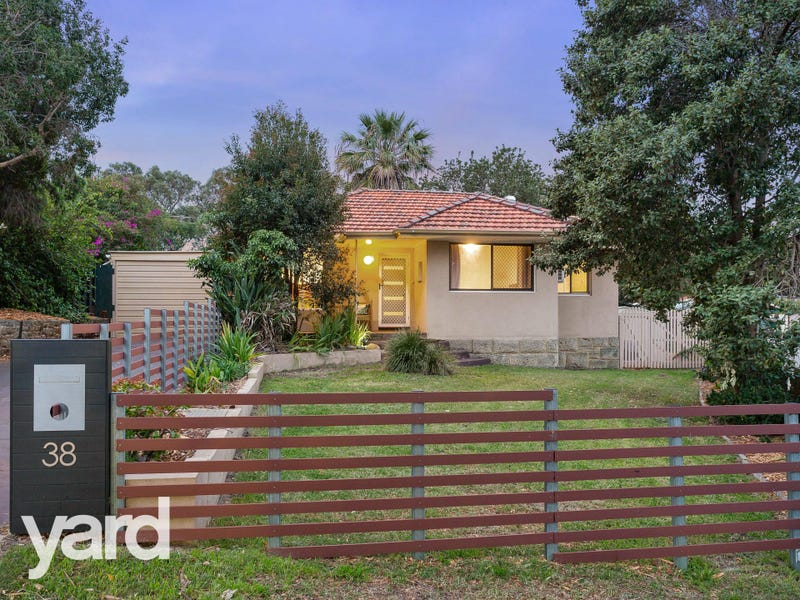 38 Burridge Way, Hamilton Hill, WA 6163