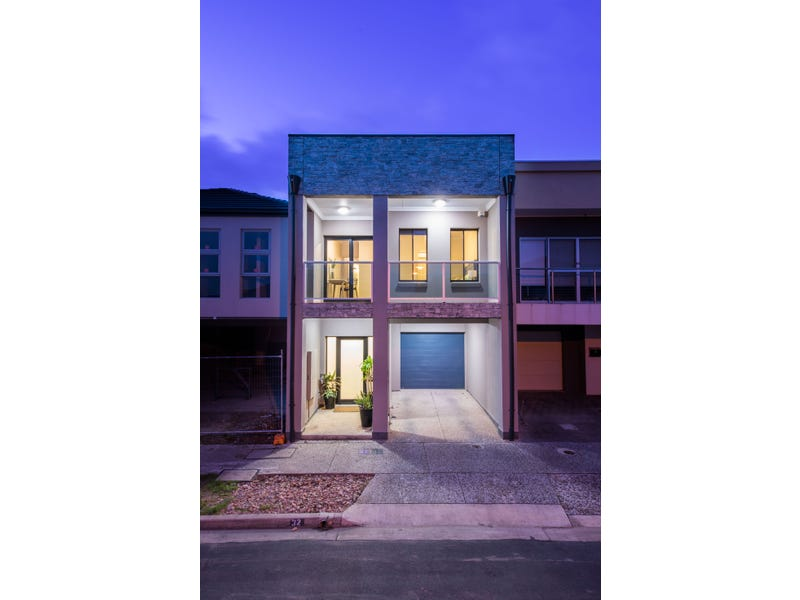 32 Emerald Street, Mawson Lakes, SA 5095