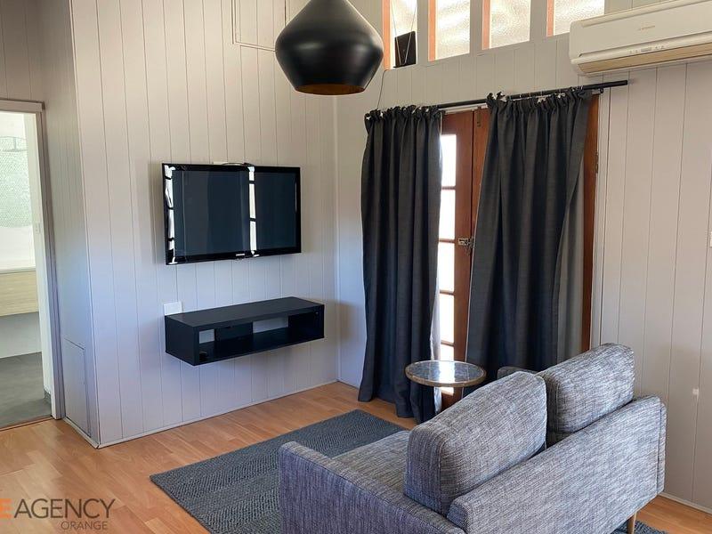 93a Clinton Street, Orange, NSW 2800