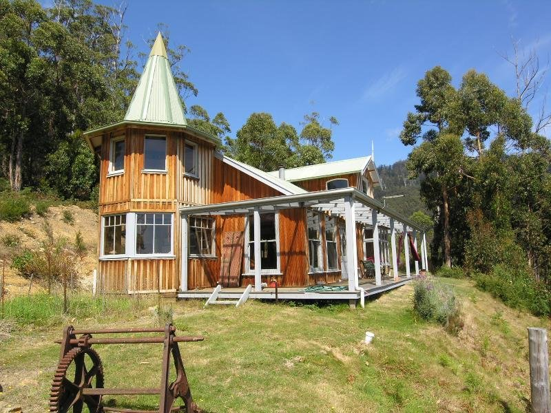 69 Cairns Road, Surges Bay, Tas 7116