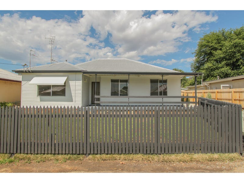 16 Cross Street, Bathurst, NSW 2795