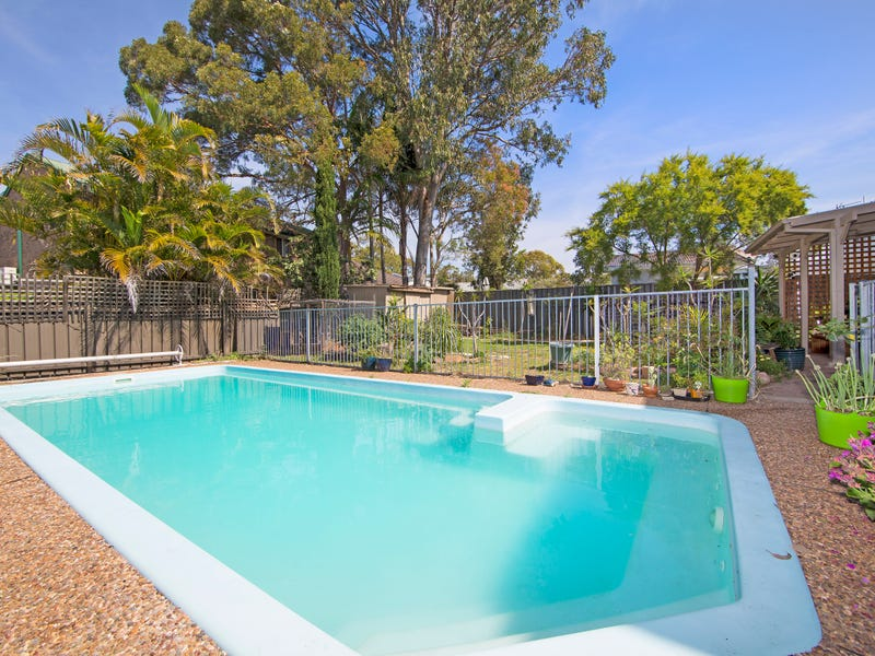 144 Cams Boulevard, Summerland Point, NSW 2259