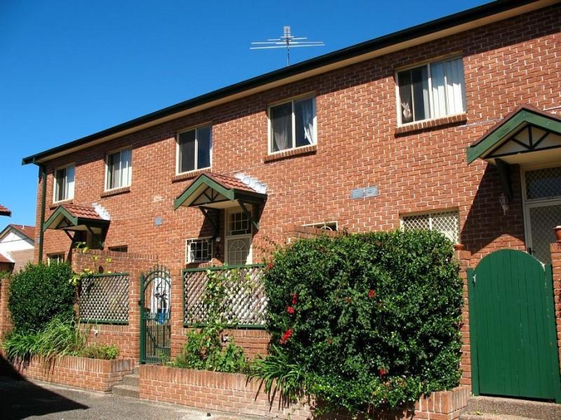 13/2-4 Byer Street, Enfield, NSW 2136