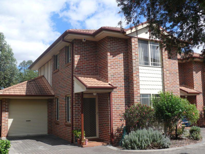 3/42 Wellwood Avenue, Moorebank, NSW 2170