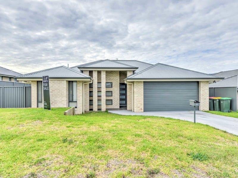 5 Reginald Drive, Kootingal, NSW 2352
