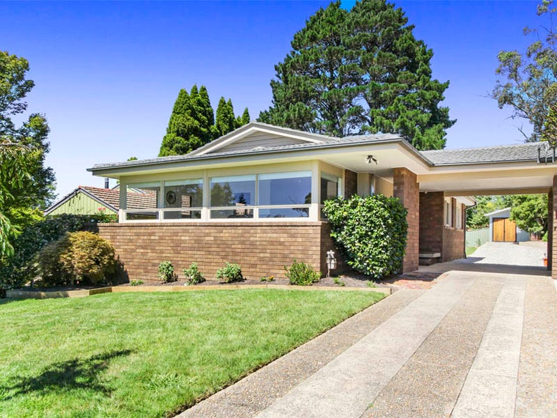 26  Acacia St, Katoomba, NSW 2780
